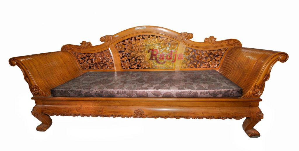Sofa Mawar Keong